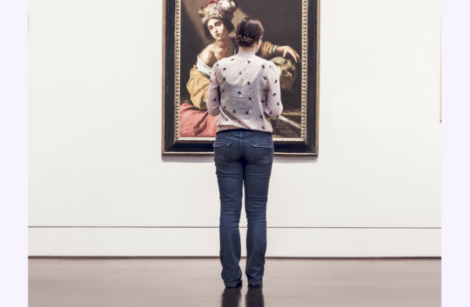 Frugal Framing - here's how you can save money on framing your artwork and make family photos look expensive!