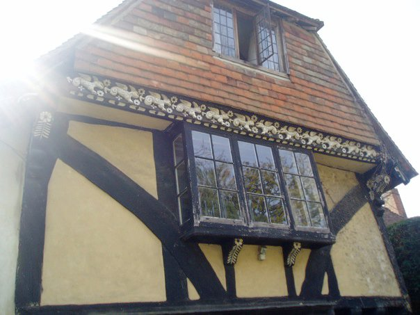 Medieval house in Smarden. Costs of moving to the country.